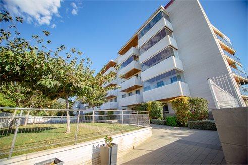 Апартаменты салоу недорого жилье в черногории купить