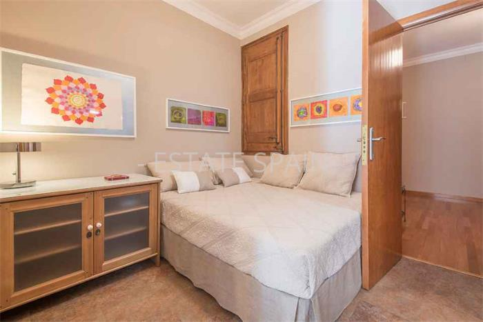 Цена на квартиры в барселоне Надвижимость Fujairah Аль-Хамрания