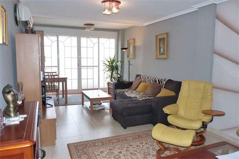 Купить квартиру в валенсии недорого может ли организация купить сотруднику квартиру за рубежом